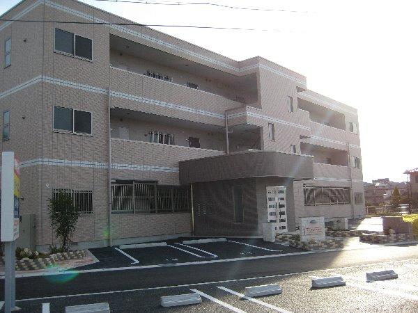ウィステリア弐番館外観写真