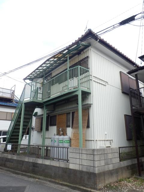 石井荘外観写真