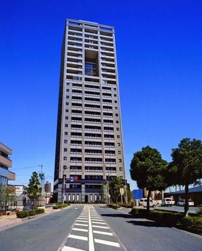 タワー・ザ・ファースト外観写真