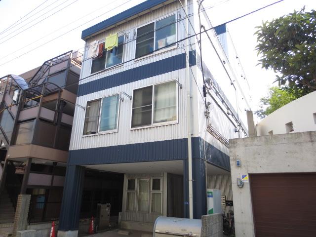 カムフォート新宿外観写真