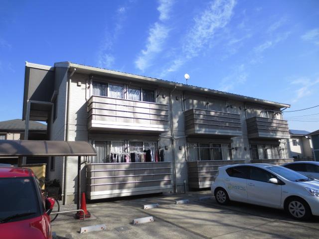 グリーンコート貝塚3号館外観写真