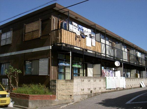 桜ビラD棟外観写真