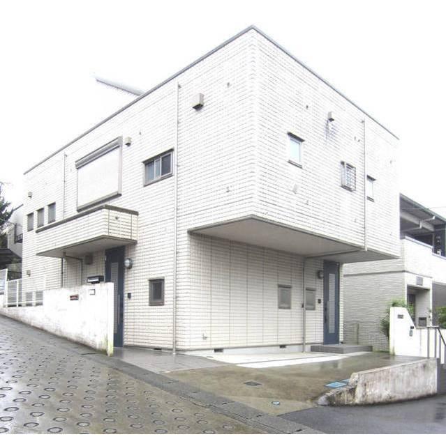 西生田3丁目アパート外観写真