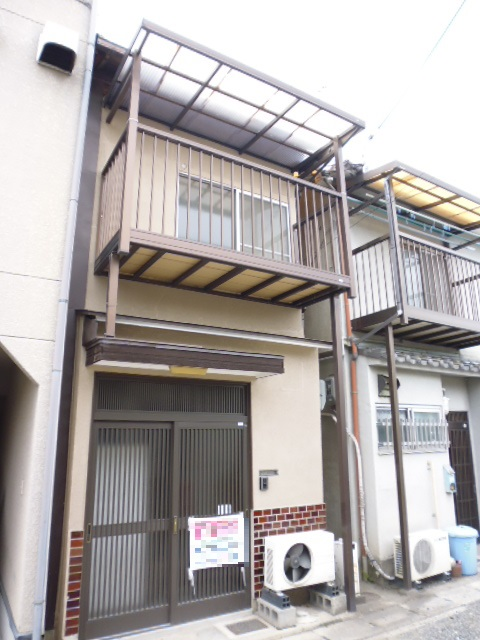 西京区川島貸家外観写真