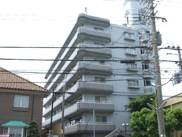 ヒュース泉大津外観写真