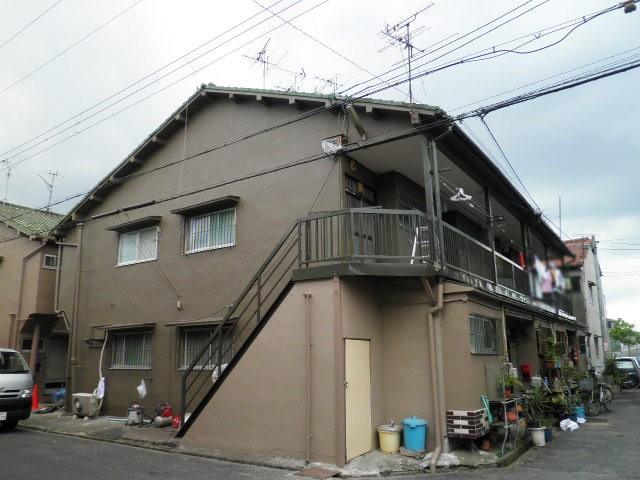 信太山ハウス4号館外観写真