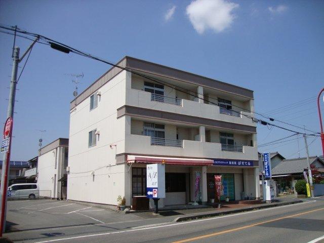 栄東ハイツ外観写真