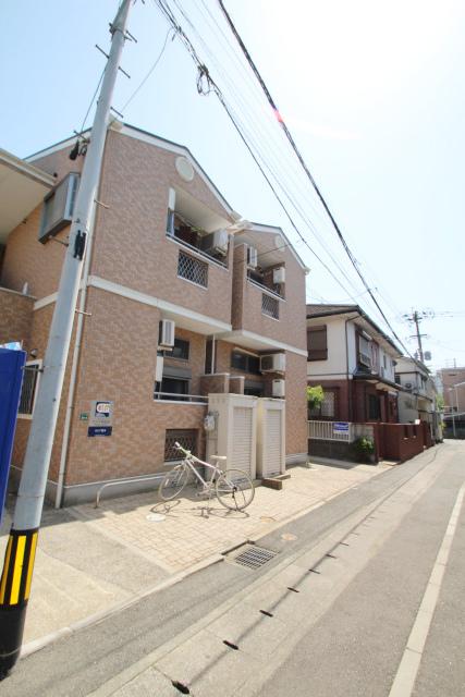 アバター博多駅東外観写真