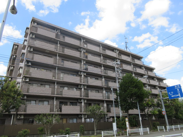 第9エルム大倉山外観写真