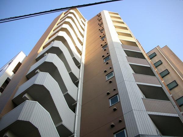 アーデン駒沢大学外観写真