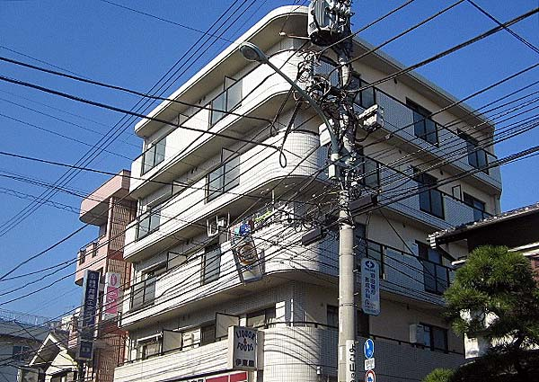 サンパレス伊東外観写真