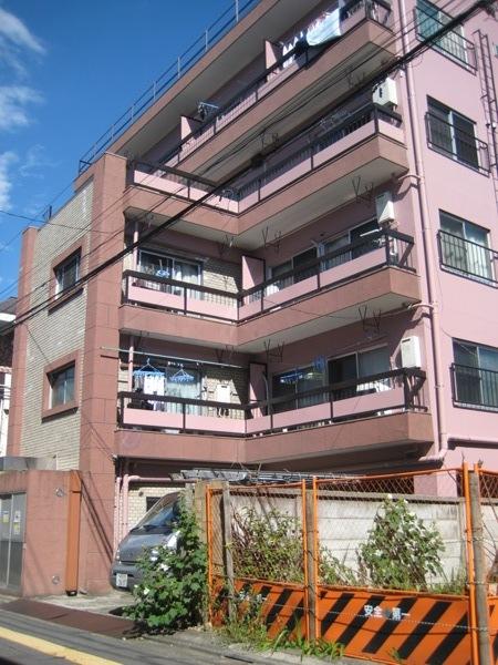 諏訪町マンション外観写真