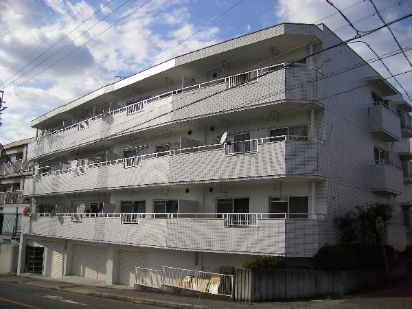 サンローヤル福寿ビル外観写真