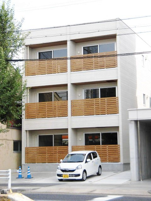 覚王山アパートメント外観写真