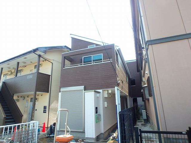 新倉1丁目アパート外観写真