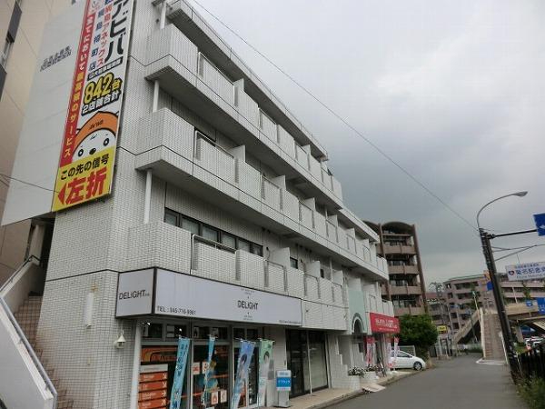 アビタシオン大倉山外観写真