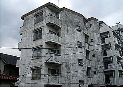 サン・ファミリーマンション外観写真