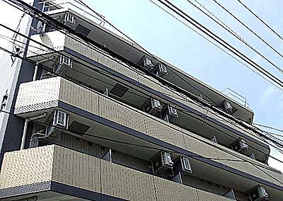 ガーラ大山駅前外観写真