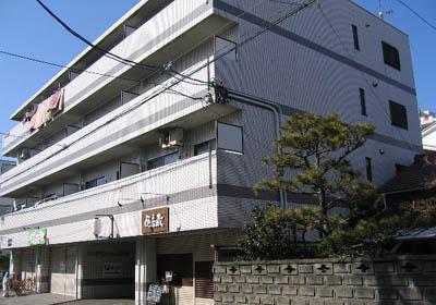 キムラマンション庄内通外観写真