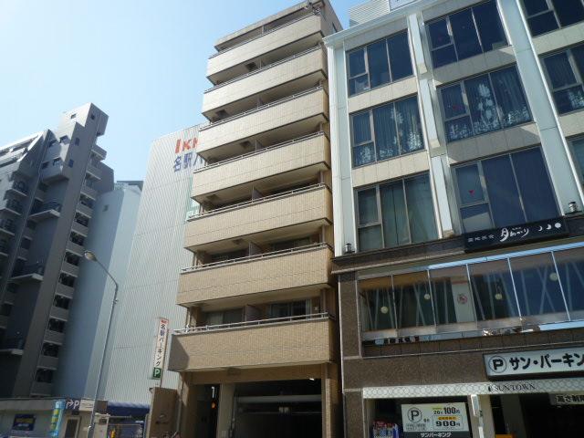名駅オータケビル外観写真
