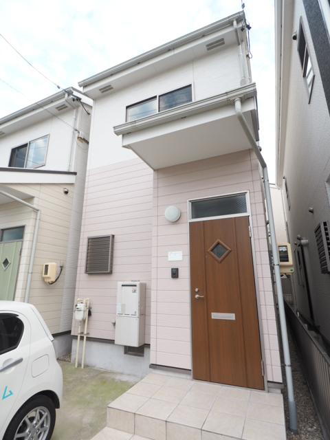 タウンハウス志賀本通外観写真