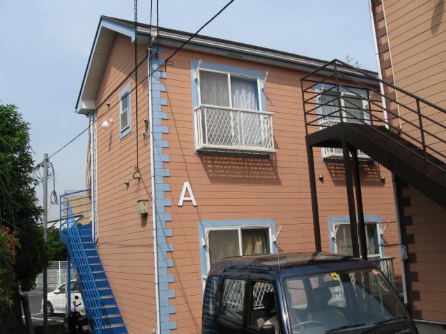 ハーミットクラブハウス鶴ヶ峰A外観写真