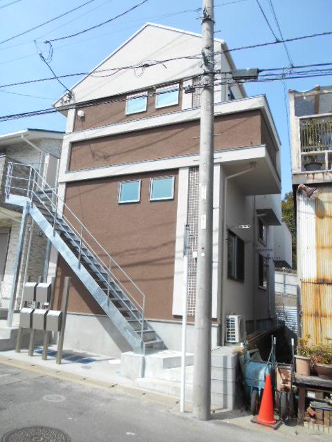 GH二俣川アパートメント外観写真