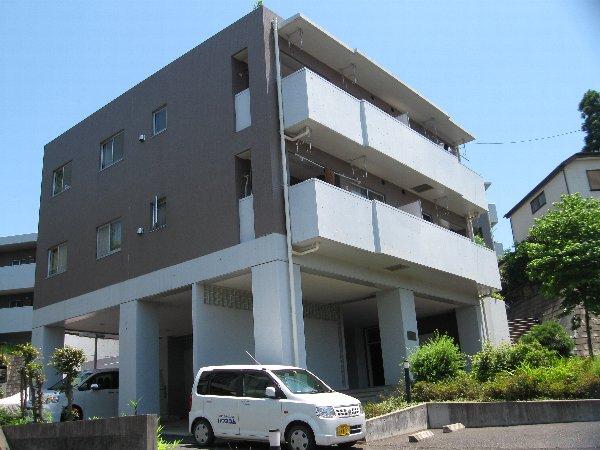 ファミーユ桜ヶ丘外観写真