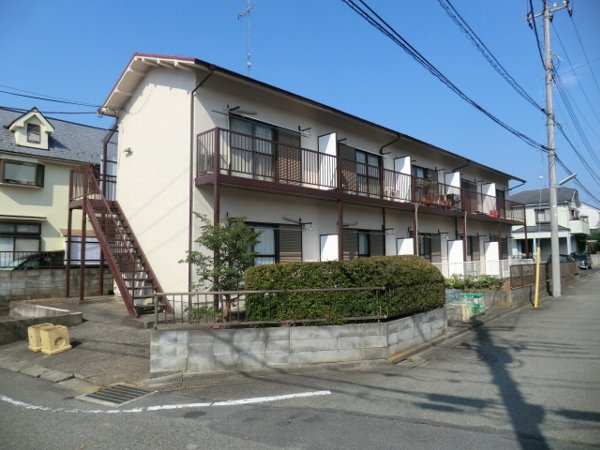 稲荷塚コーポラス外観写真