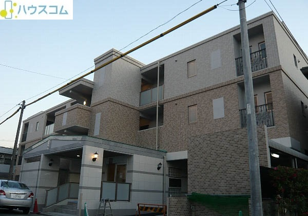 ピオーネ覚王山外観写真