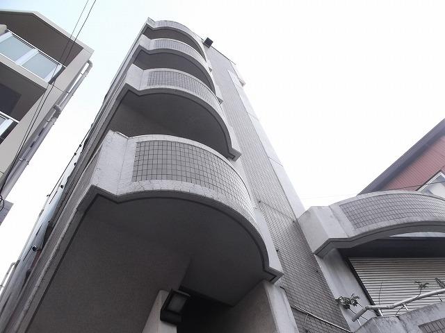 松屋マンション外観写真