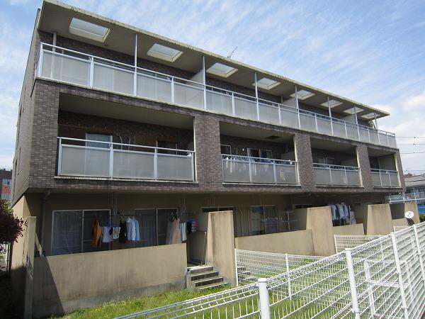 ルミエール稲田堤外観写真