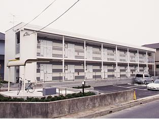 レオパレスルレーブ エイト外観写真