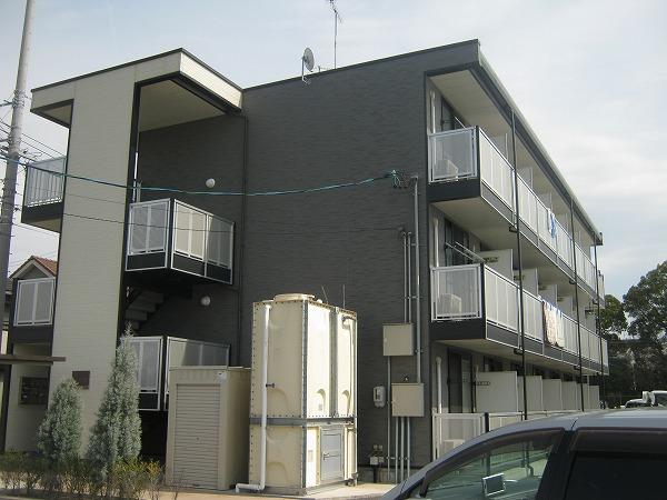 レオパレスFUJITSUKA外観写真
