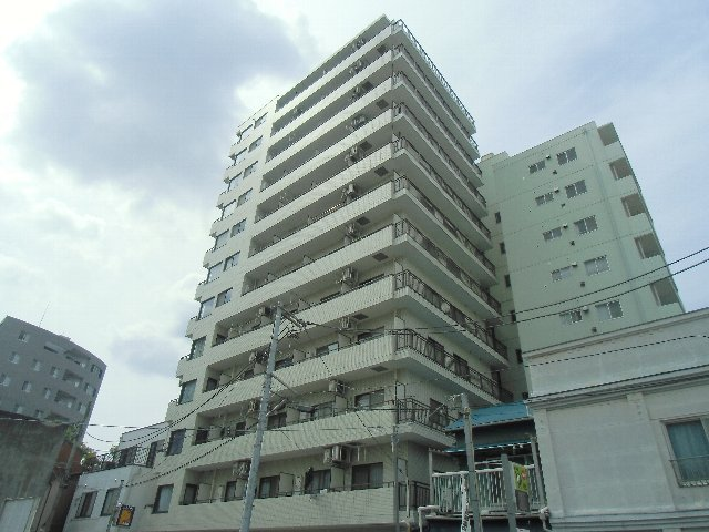 サンピア横須賀外観写真