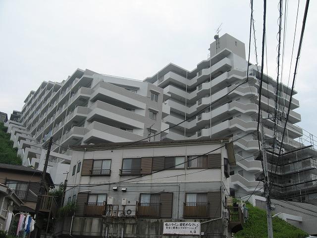 クリオ横須賀中央弐番館外観写真