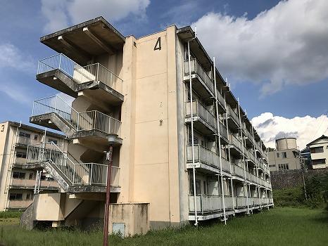 ビレッジハウス秋葉4号棟外観写真