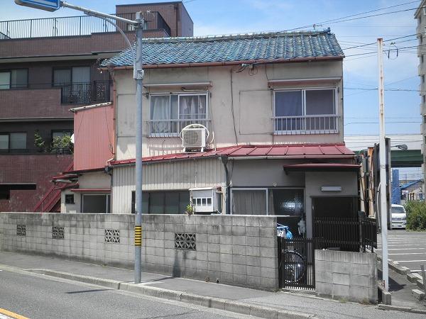 岩塚荘外観写真