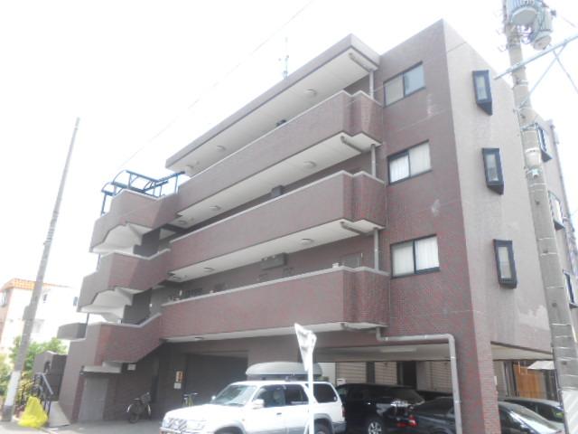 クイーンシティ吉川Ⅱ外観写真