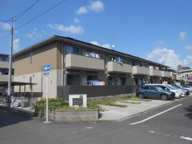 パストラル八田 B棟外観写真