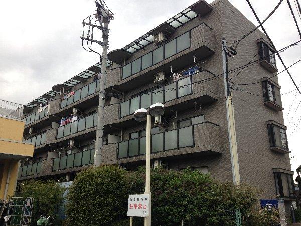 ポモドーロ金沢文庫外観写真