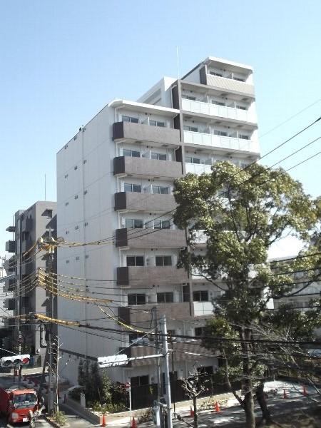 ライジングプレイス綾瀬三番館外観写真