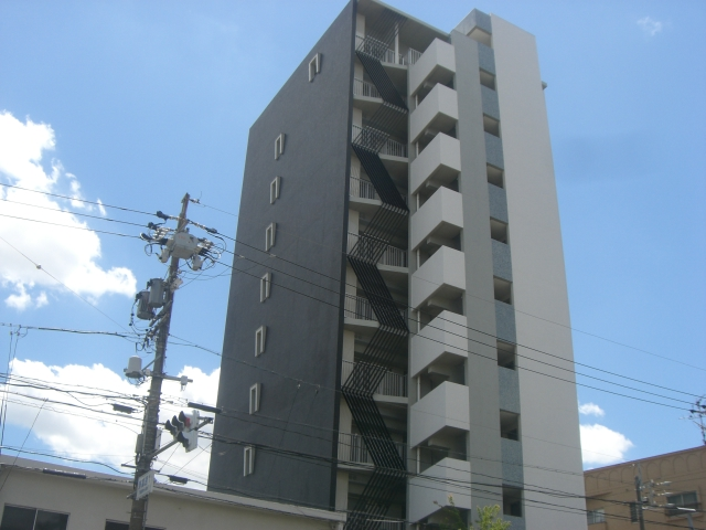 YATOMI-DORI RISE外観写真