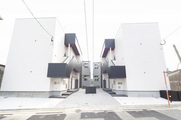 シャイニーレジデンス箱崎外観写真
