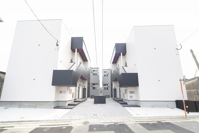 REVEUR箱崎(リヴェール)外観写真