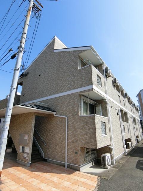 ベネフィスタウン吉塚3外観写真