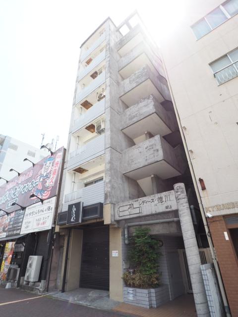 レディース徳川外観写真