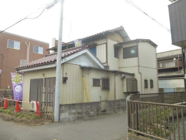 谷塚駅前貸家外観写真