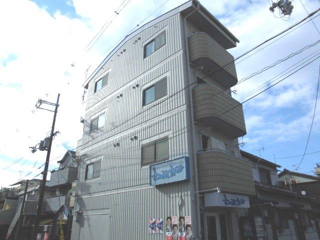 西ノ京ハイツ外観写真