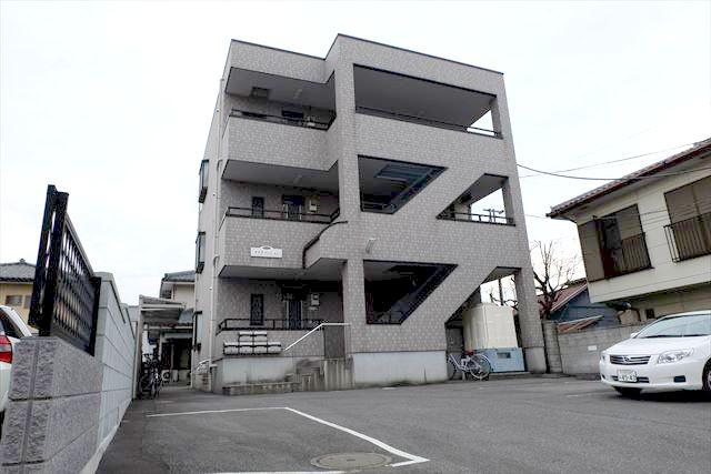 鈴木マンション外観写真